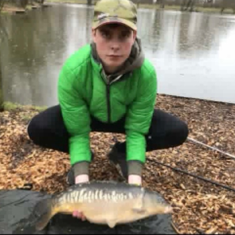 Conor Appleyard landed 4 carp on Blunham Lake to 11lb on method feeder.